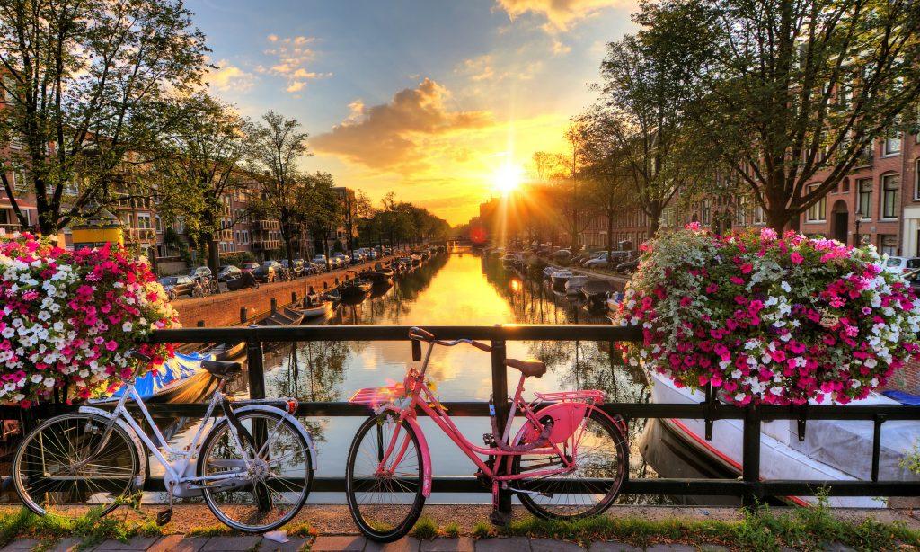 U.S. Citizens Can Take A Dreamy Quarantine-Free Trip To Amsterdam From Next Week