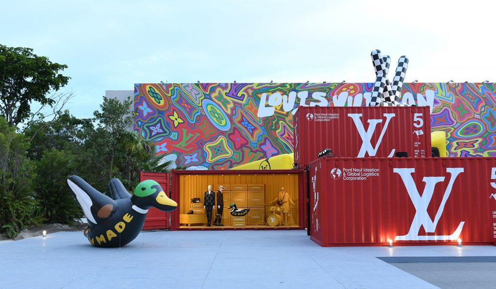 This Fantastically Fun Art Exhibit Is Now Open At Jungle Plaza