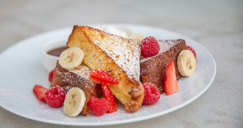 5 Amazing Brunch Spots To Try Out In Miami Beach