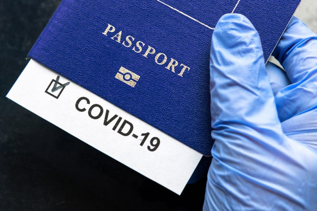 Die EU plant COVID-Pässe, um die Grenzen im Sommer zu öffnen