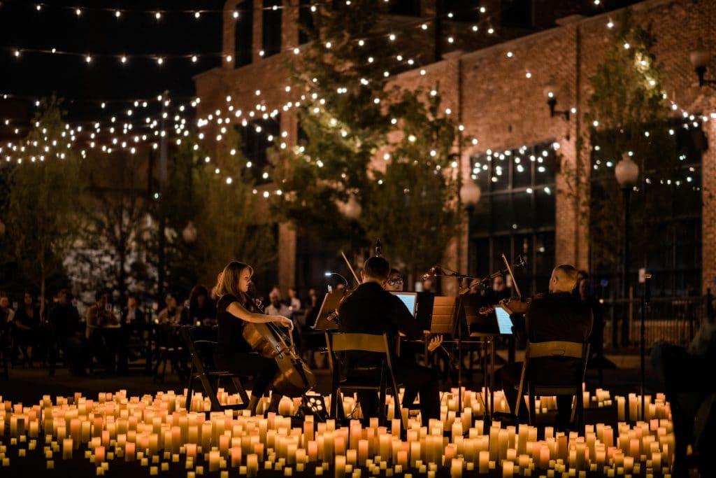 Ein magischer Sommer mit Candlelight Konzerte im Englischen Garten
