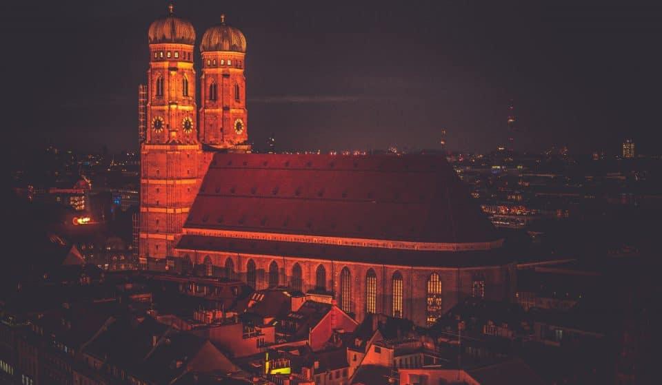 Entdecke Münchens dunkelste Geheimnisse mit diesem Open-Air-Game!