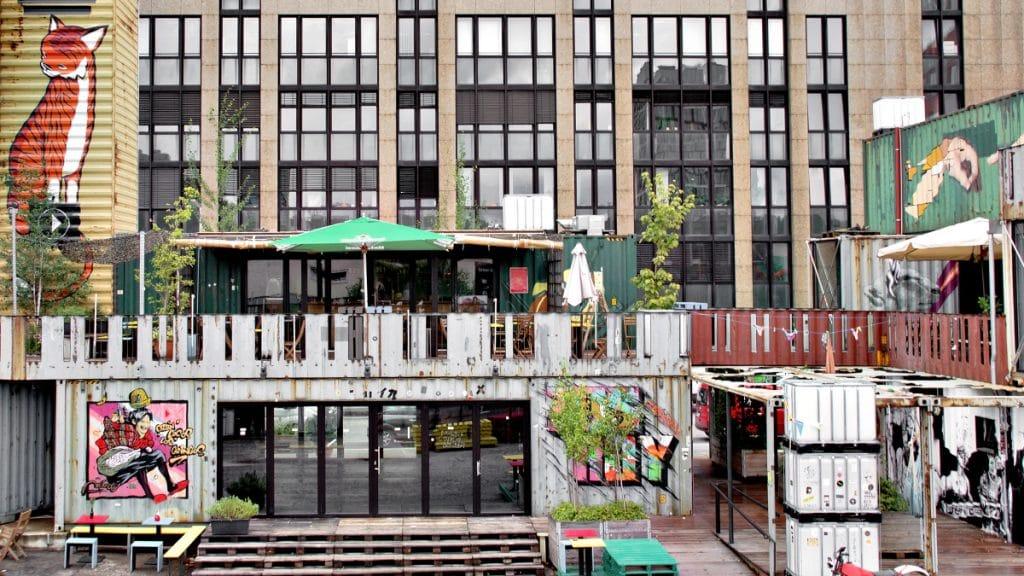 Neue Rooftop-Bar im Container Collective München