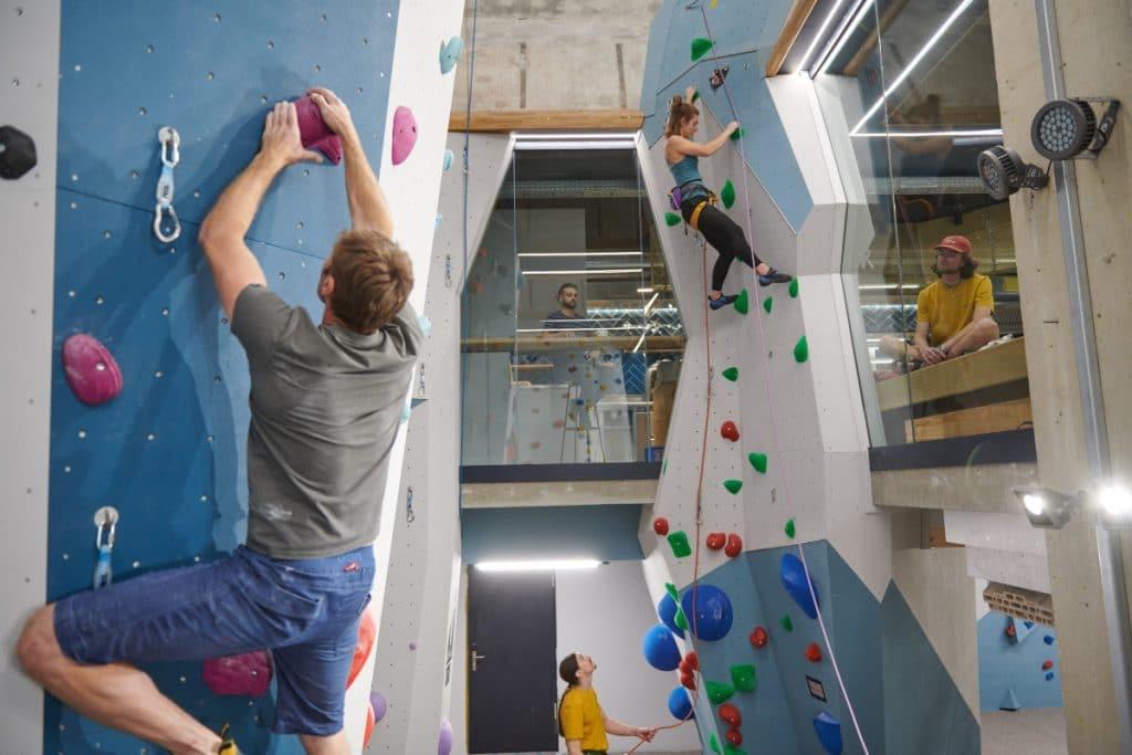 Legendäre Kletterhalle im Werksviertel hat wieder eröffnet
