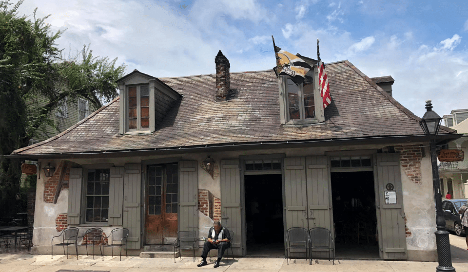 Get A Drink In One Of The Oldest Haunted Bars In The French Quarter ∙ Lafitte's Blacksmith Shop