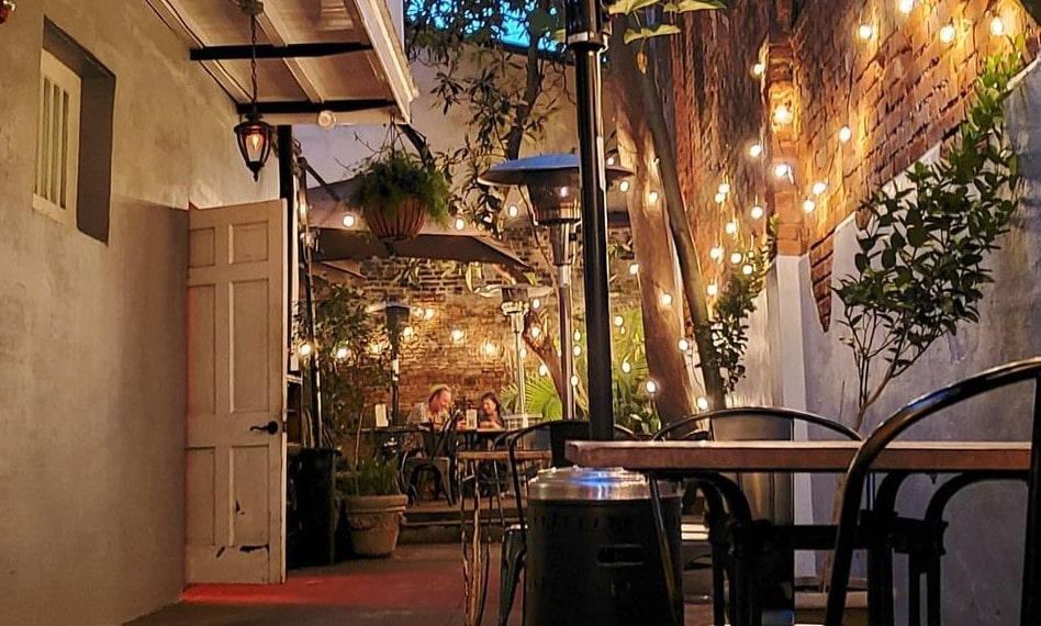 Top 10 Romantic Restaurants In NOLA For The Perfect Date