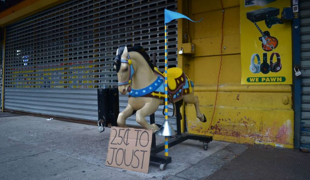 The Hilarious and Interactive Street art of Alonso Cisneros