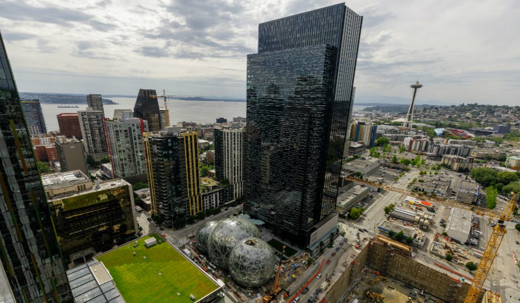 NYC Eagerly Wants to be Amazon's Second Home
