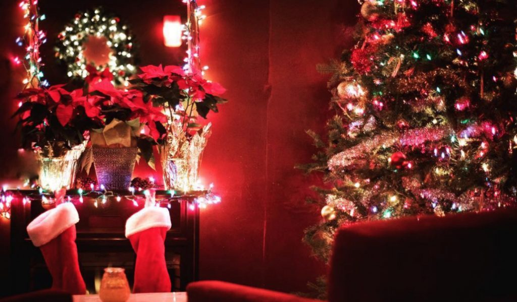 Cozy Holiday 'Reindeer Lounge' Pops Up in the East Village for December Only