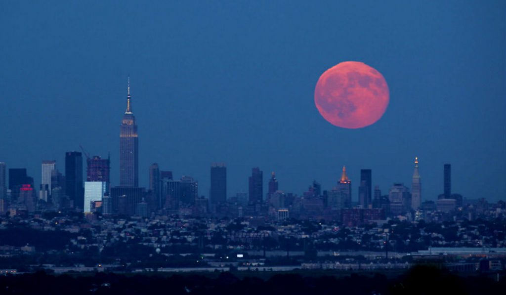When to see Wednesday's Once-in-a-Lifetime Lunar Event in NYC