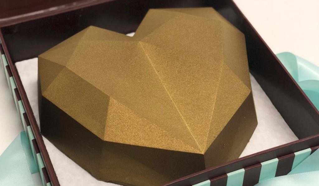 People are Going Crazy Over What's Inside These Golden Hearts!