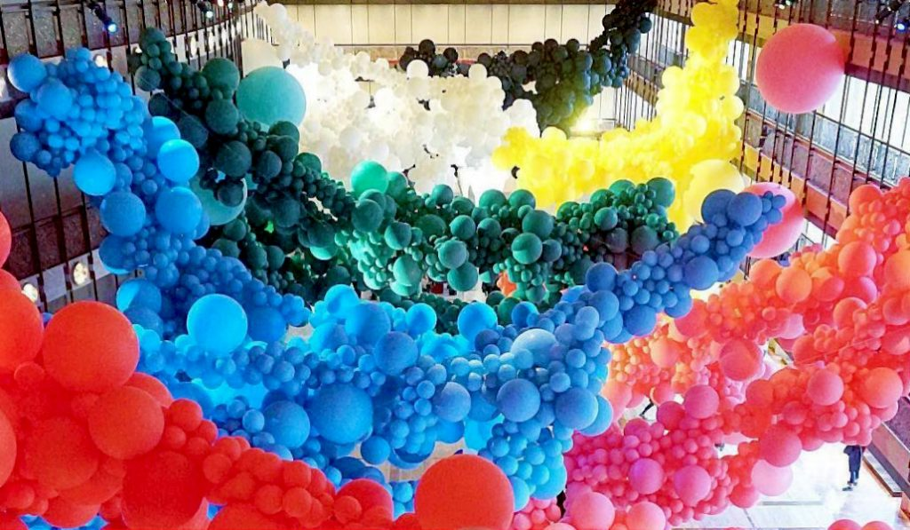 See 1000's of Balloons Packed into the Lincoln Center this Month