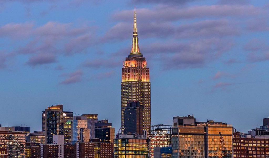 Empire State Building Begins New Tradition of Nightly Light Shows