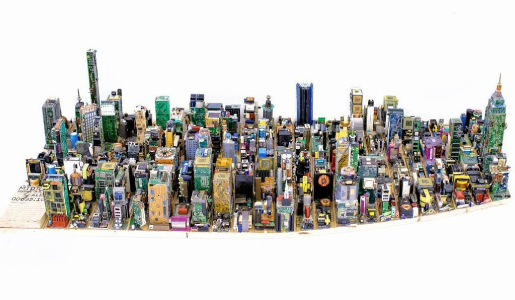 17-Year-Old Creates Manhattan Model Using Recycled Computer Parts
