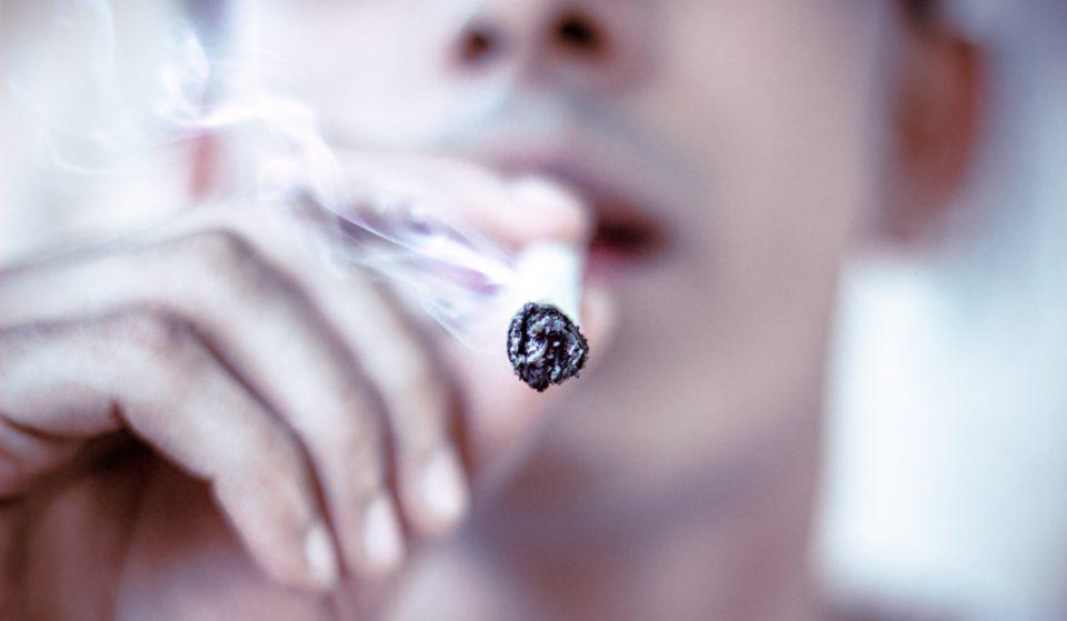 Mayor de Blasio Orders NYPD to End Arrests for Public Marijuana Smoking