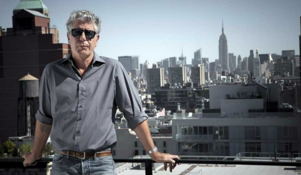 Chefs and New Yorkers Pay Tribute to Anthony Bourdain in Touching Way