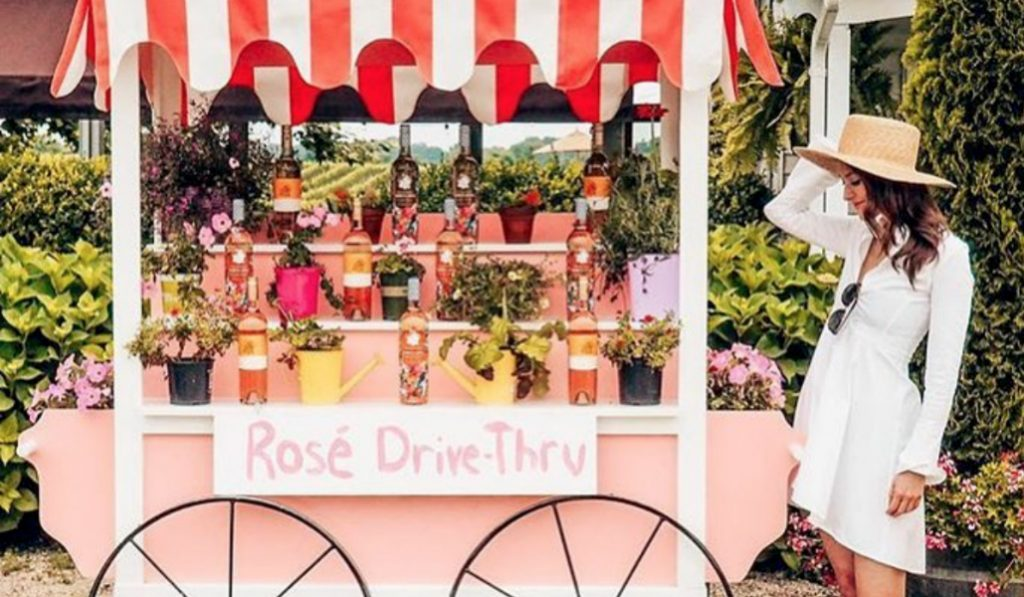New Rosé Mansion Pop-Up Brings a Hot Pink Sand Bar to NYC This Summer