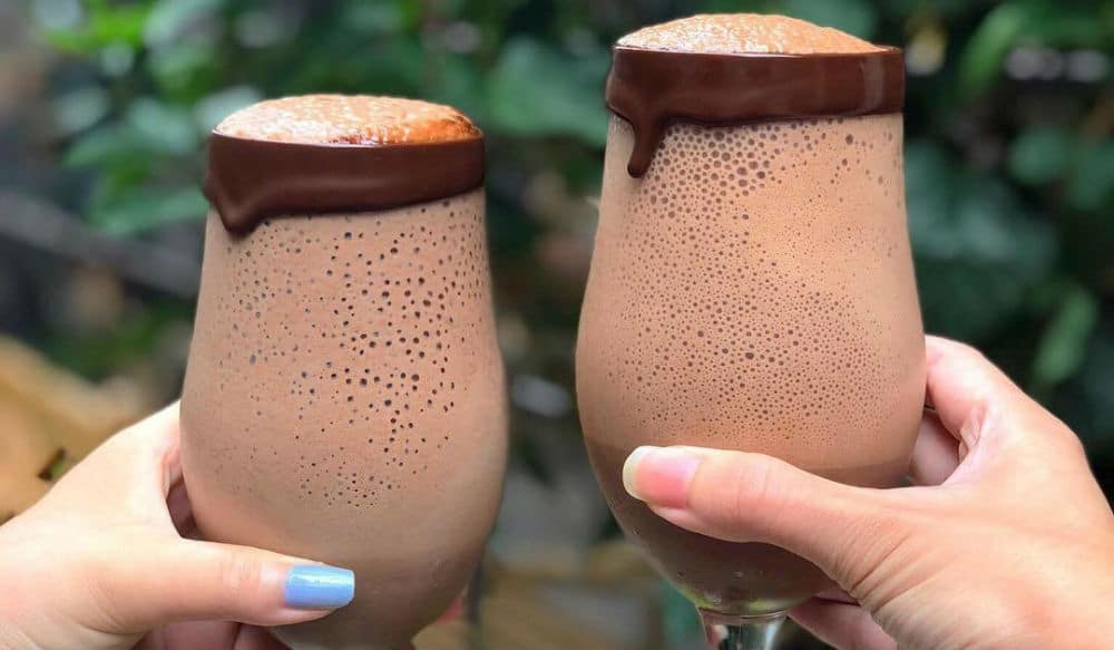 This New Chocolate Shop in NYC Has Nutella & Molten Chocolate Clouds on Tap!