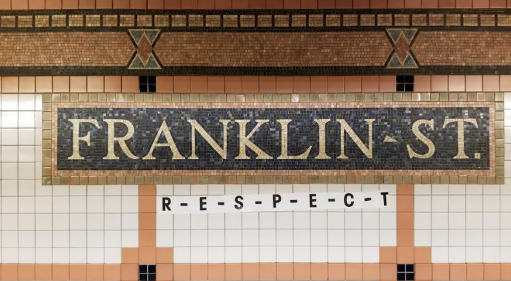Heartwarming Aretha Franklin Tribute Transforms Tribeca Subway Station