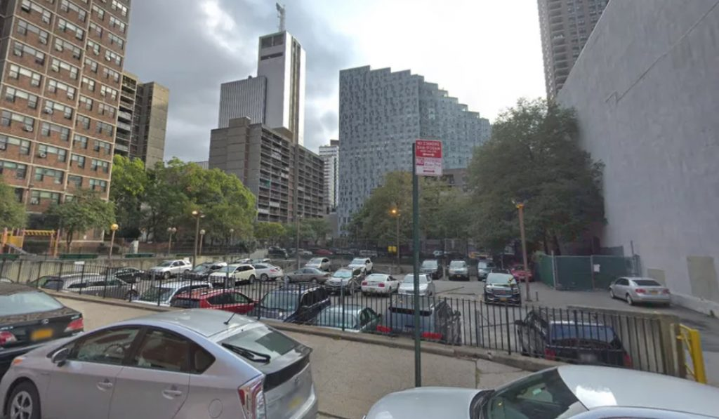 A Parking Lot In Hell's Kitchen Could Be Turned Into (Yet Another) Luxury Apartment Building