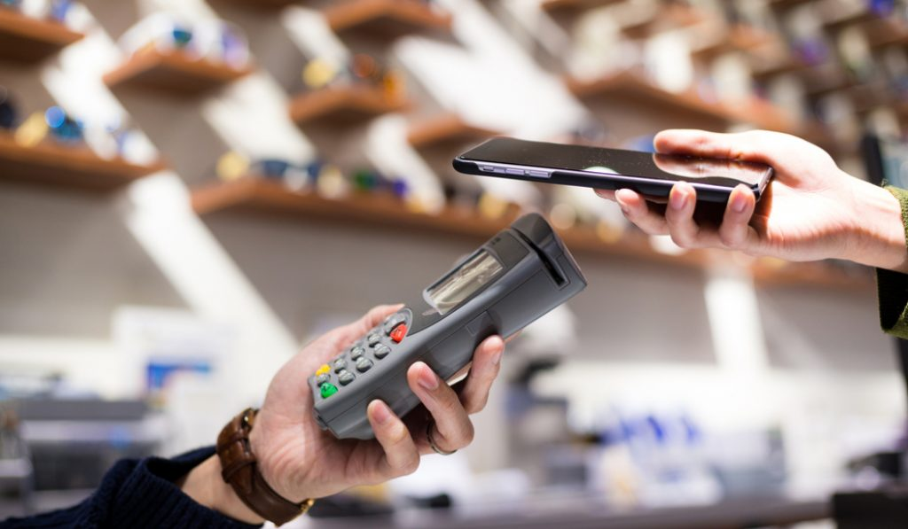 Lawmakers Have Proposed A Ban On Cashless Businesses In NYC