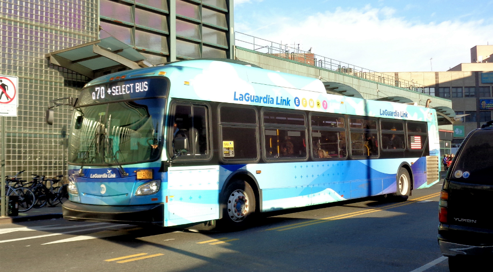 Free Express Buses To LGA Are Back For Thanksgiving Rush