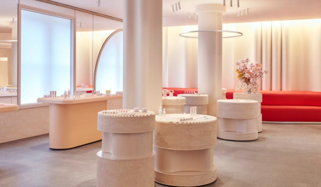 Glossier Is Opening A New Flagship Store In NYC This Thursday