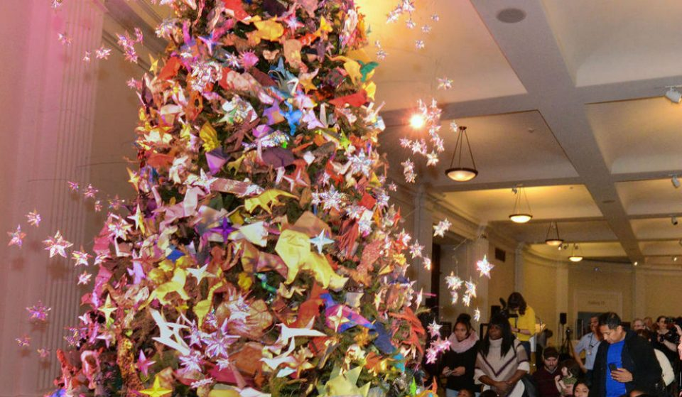 The Origami Tree At The Museum Of Natural History Is The Craftiest Christmas Tree In NYC