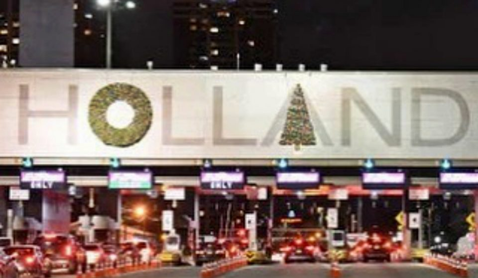 The Controversial Holland Tunnel Decorations Have Officially Been Fixed