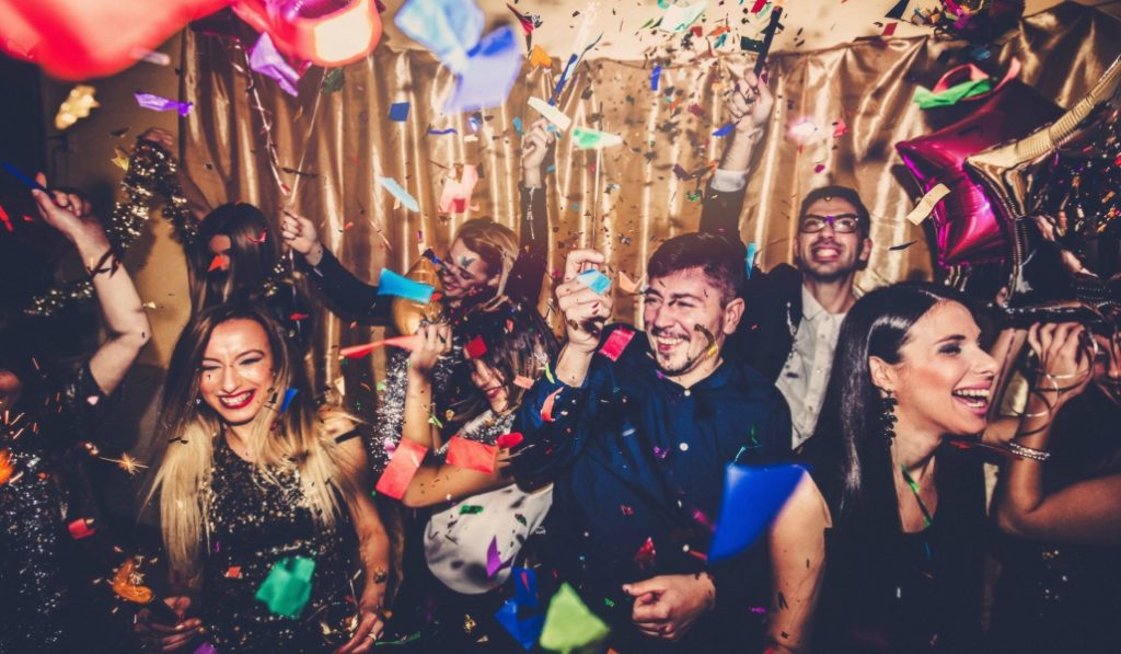 The Hottest New Years Eve Party Is Happening At Chelsea Piers This Year