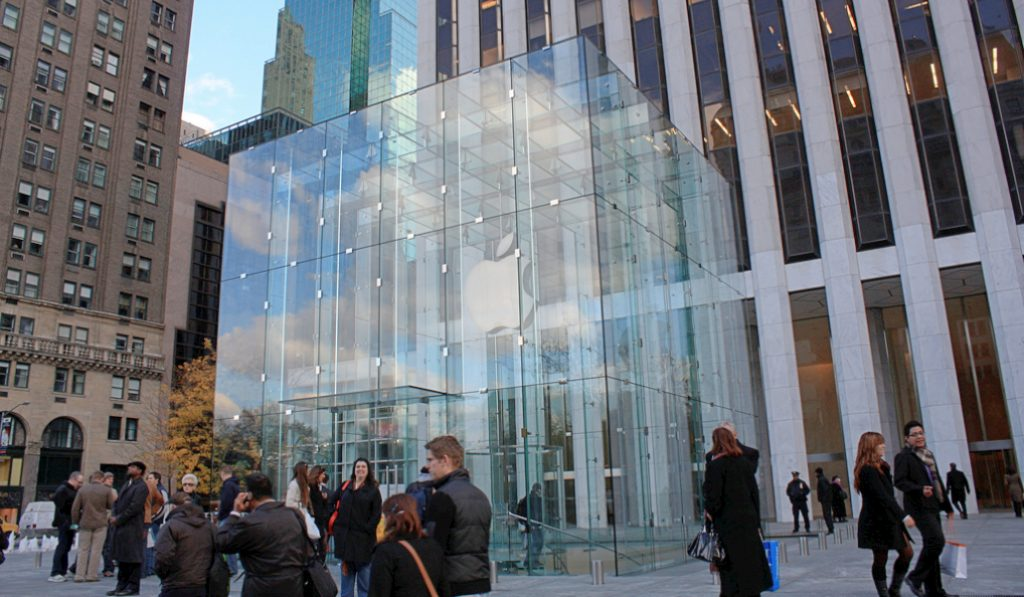 Apple's NYC Glass Cube Flagship Is Set To Re-Open This Year