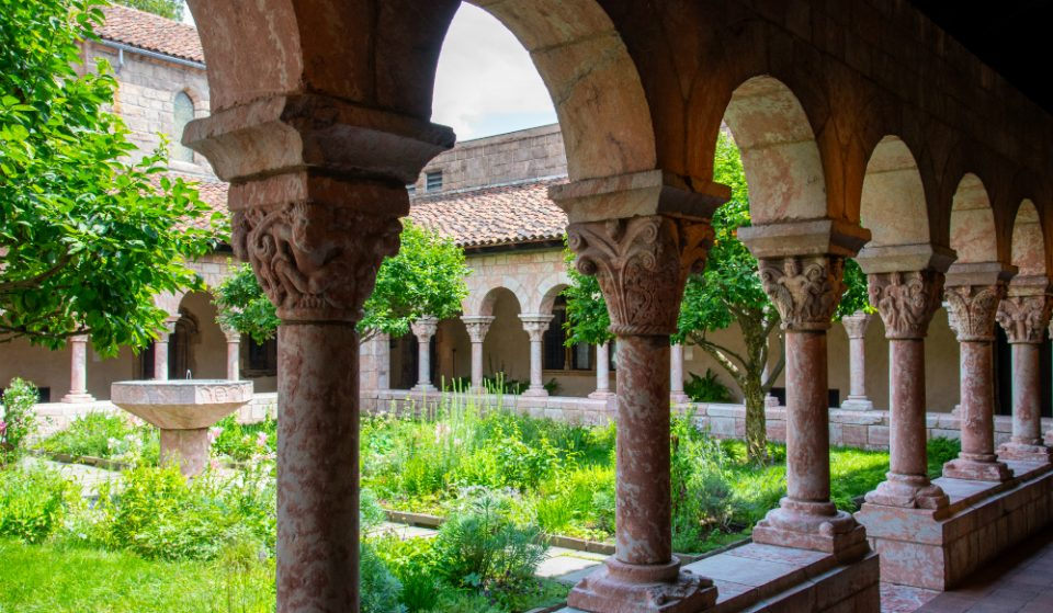 NYC's Hidden Garden Paradise The Met Cloisters Has Officially Reopened