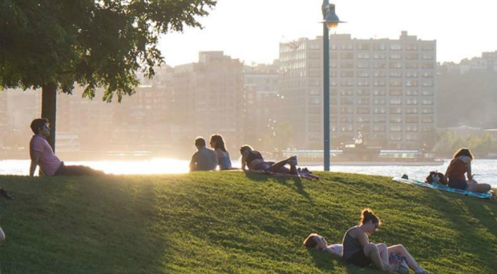Manhattan Will Get Its First Public Beach By 2022