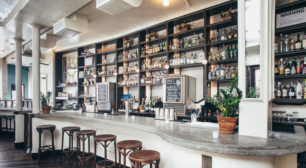 This Chic Brooklyn Bar Has Tasty Drafts & Frozen Cocktails