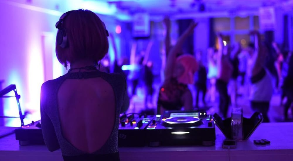 A Happy Hour Disco Workout Is Coming To This Pop Up Yoga Studio In Brooklyn