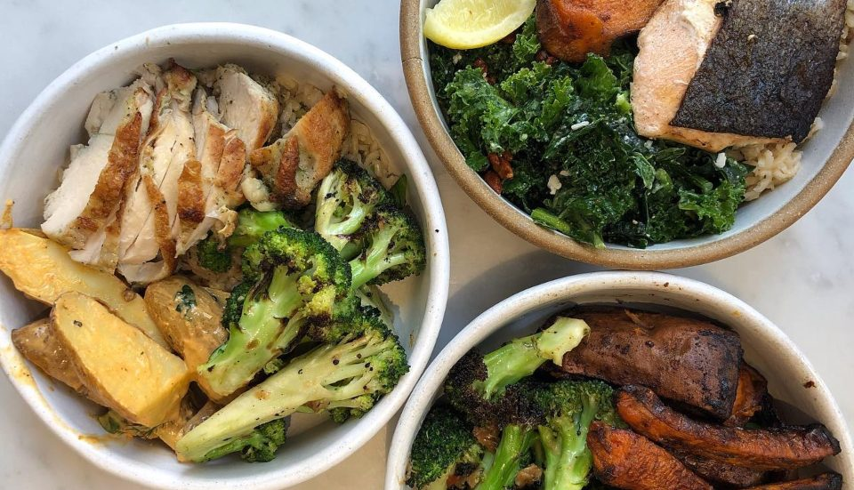 5 Fast Casual Restaurants That Are Healthy & Hit The Spot