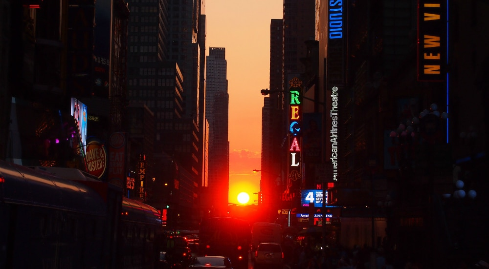 First Manhattanhenge Of 2021 Dazzles New Yorkers With A Stunning Sunrise This Week
