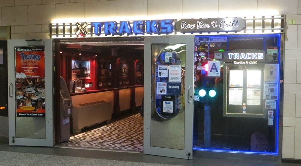 Beloved Tracks Bar At Penn Station Is Set To Close Due To Upcoming Construction