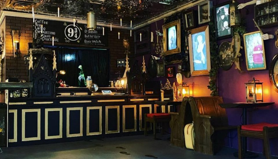 A Magical Harry Potter-Inspired Cafe Is Open In East Village, And They Have Glitter Butterbeer