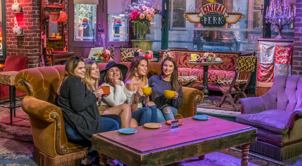"""Pivot! The """"Friends"""" Central Perk Couch Is Coming To NYC This Weekend"""