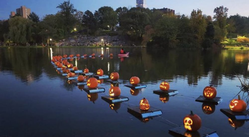 Catch NY's Largest Pumpkin Flotilla When Jack O' Lanterns Take Over Central Park This Month