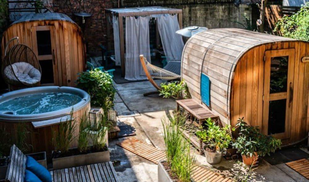 This Amazing Outdoor Spa Getaway Is Hidden In A Brooklyn Backyard