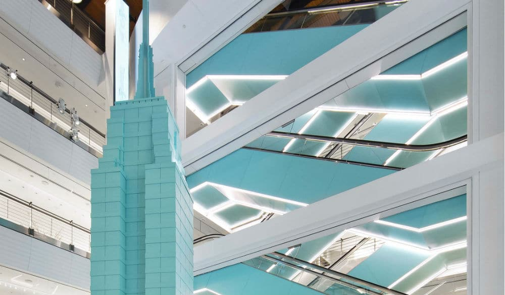Tiffany & Co. Moved The Fifth Ave Flagship Store Overnight