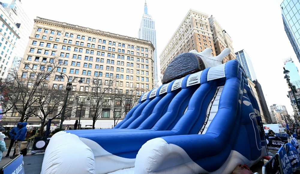 A Giant 3-Story Oreo Slide Just Popped Up In Herald Square