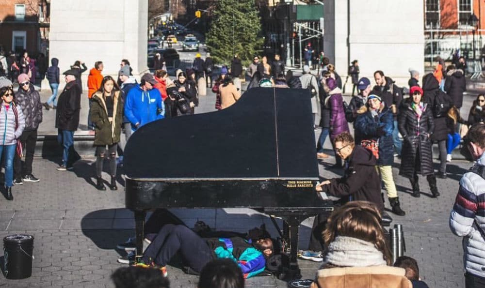You Can Still Watch The Washington Square Park Piano Player Live On Instagram Daily