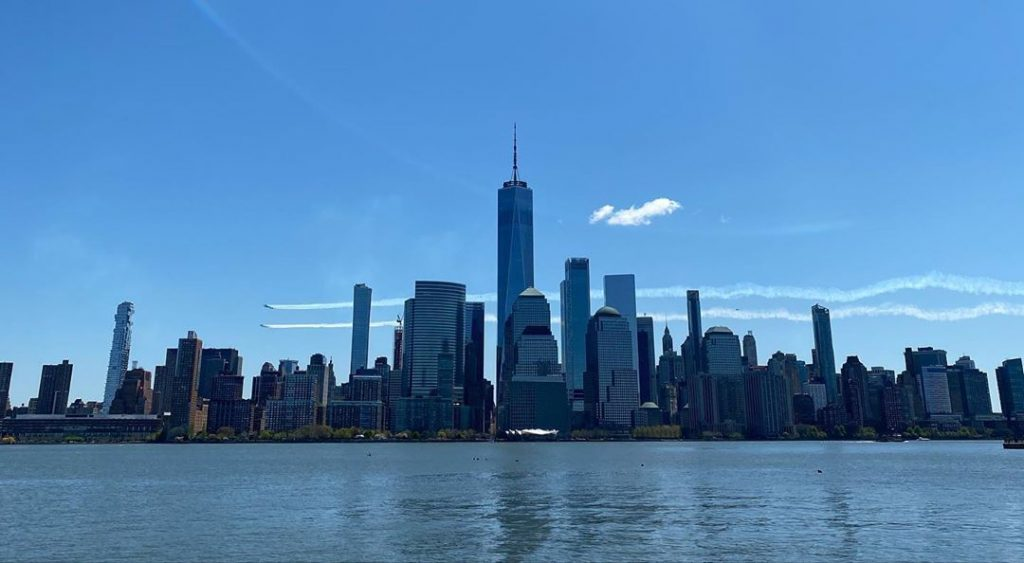 Watch Videos Of Today's Spectacular Thunderbird & Blue Angel Flights Over NYC