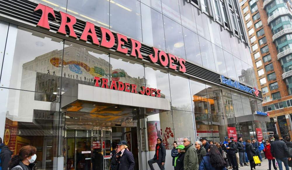 This Twitter Account Shares What The Line Looks Like At NYC Trader Joe's