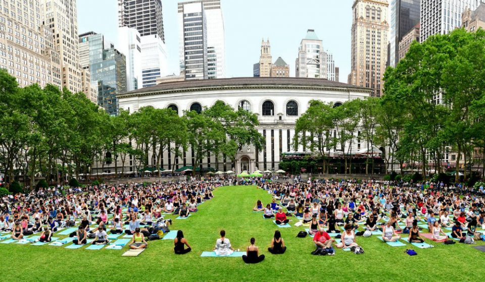 Bryant Park Is Now Streaming Their Amazing Summer Yoga Sessions For Free