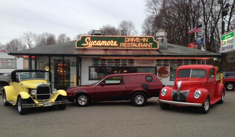 This Retro Drive-In Restaurant Outside Of NYC Is Perfect For Socially Distant Dining