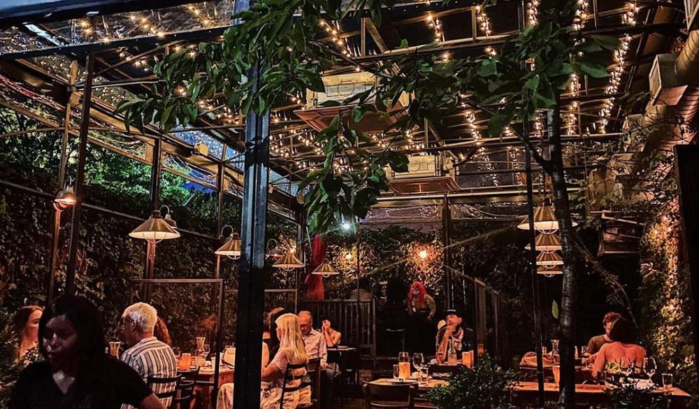 This Brooklyn Restaurant Has The Most Beautiful Hidden Garden For Outdoor Dining • Aurora